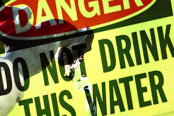 Charleston-West-Virginia-Freedom-Industries---chemical-spill-300-thousand-without-water-4-Methylcyclohexanemethanol-January-2014