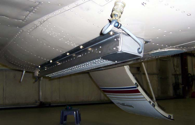 Aero Systems Inc. Ejectable Flare Rack for Aircraft Belly Mount ej_cheyenne