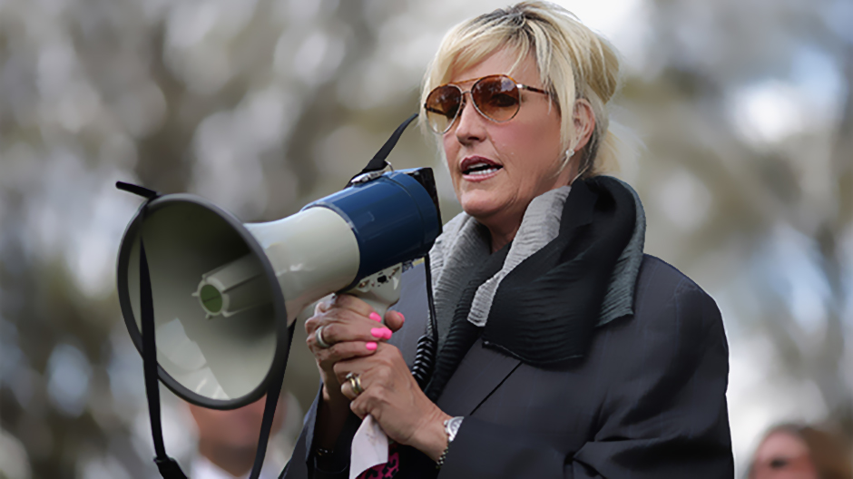Erin Brockovich Rallies Outside Supreme Court for Camp Lejeune Victims