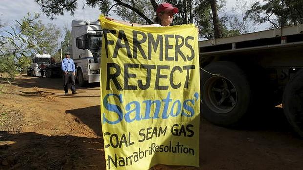 source: http://www.smh.com.au/environment/santos-coal-seam-gas-project-contaminates-aquifer-20140307-34csb.html