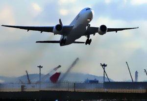 Plane-Exhaust-Kills-More-People-Than-Plane-Crashes