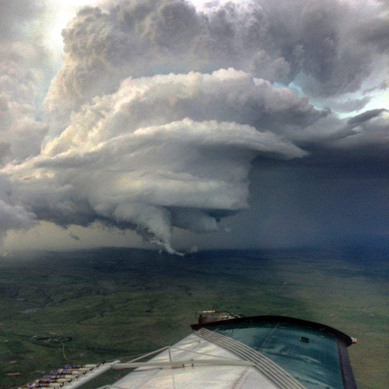 image source: http://www.atlasobscura.com/articles/meet-the-midwestern-pilots-who-risk-their-lives-to-change-the-weather